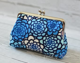 Clasp Cosmetic Purse Modern Japanese Floral Kimono Pattern Blue Frame Bag Small Clutch Cosmetic Bag Gadget Bag M Pouch