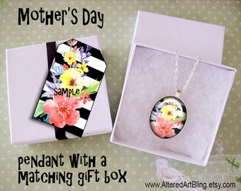 Mother's Day original art pendant and matching gift box,  Mother's day pendants, gifts for mom, Spring, flowers
