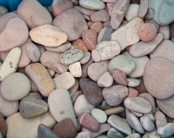 Alaska River rocks - River rocks bulk - Wedding stones - Wedding Favor - Memorial stone - Garden decor - Colorful stone - River pebbles