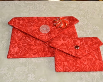 Corded and coin/credit cards pockets