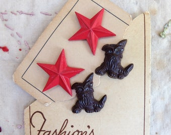 Vintage Plastic Dog Buttons Red Stars