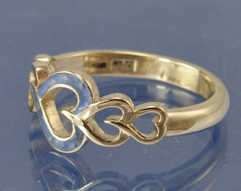 Cremation Ash Entwined Heart Ring - 18k Gold