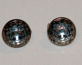 Vintage Little Blue Stone Button Style Filagree Clip On Earrings