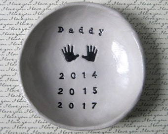 Personalized Dad Gifts: Personalized Mom Gifts, Handprint Art, Bowl, New Baby Gift, Handprint, Daughter to Father Gift, Mother's Day