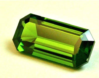 VINTAGE CHROME DIOPSIDE Faceted Gemstone emerald cut 1.94cts fg226
