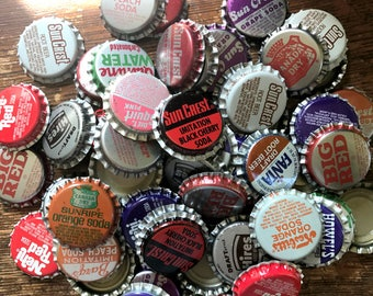 Destash, Vintage 30 bottle caps, repurpose, recycle, upcycle, assemblage treasures, lot, scrapbooking, SODA, pop, mixed lot, unused