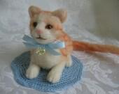 Needle Felted Orange Cat, Felted Orange Cat, Needle Felt Kitten,  Swarovski Crystal, Ready To Ship, Dollhouse Cat, Orange  Cat