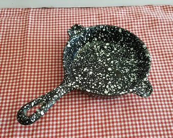 Black and White Enamel Spatter-ware Mini Wagner Ware Cast Iron Skillet