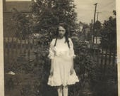 Big lot of 30 plus 1920s snapshots children, ladies, men and houses, pre 20s thru 1920s photographs