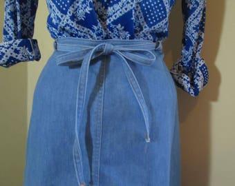 70s Pale blue denim Vintage skirt 70s boho babe wrap skirt 70s Hippie Wrap skirt cotton blend S M