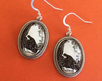 Sale 20% Off // SLEEPING BEAUTY Earrings - Silhouette Jewelry // Coupon Code SALE20