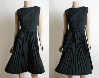 Vintage 1960s Dress - Lanz - Little Black Dress LBD - Button Up Back with Pleated Skirt and Bow - Sleeveless Cotton - Small Medium