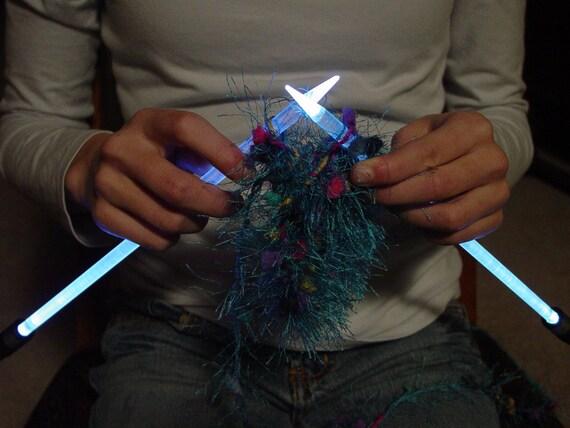 NeedleLite Lighted Knitting Needles US Size 13 1 Pair