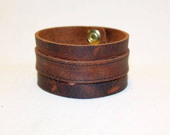 Brown Distressed Leather & Brass Wristband - Wrist Band Cuff (JWL135)