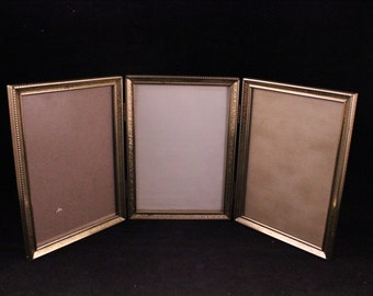 vintage gold metal triple hinged 5 x 7 trifold picture frames with glass