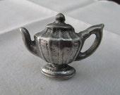 VINTAGE - Teapot Drawer Pull