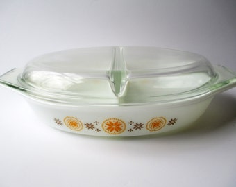 Vintage Pyrex Town & Country Divided Casserole