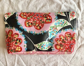 sofs offers a laminated pouch. This one in full blown blue flower