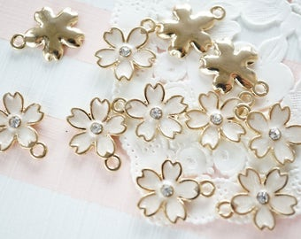 5 pcs Sakura Cherry Blossom Gold Charm (14mm) White AZ079