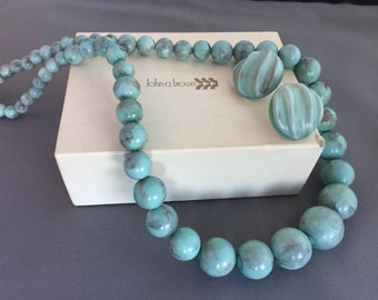 Chic Vintage Faux Turquoise Plastic Beaded Necklace and Matching Pierced Earrings Fun Vacation Summer Spring Break Prom