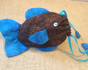 Fish dice bag 'Cocoa Blue'