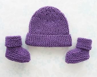 PREEMIE GIRL Hat and Booties set for 2.5 to 5.5 lb baby (28 to 36 week gestation) - NICU Kangaroo Care - cotton / merino wool yarn in purple