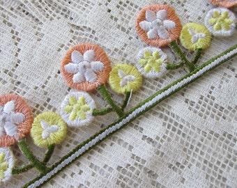 1 Yard Extra Fancy 1-3/8 Inch Embroidered Cutwork Ribbon Trim Peach Yellow Flowers Posies