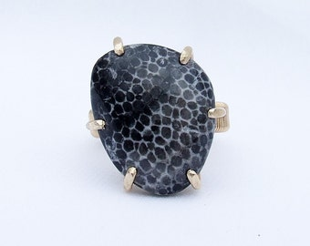 Fossil Coral Ring, Bryozoan Coral Ring, black stone ring, natural stone ring, geek ring, black white, prong set, ring size 7
