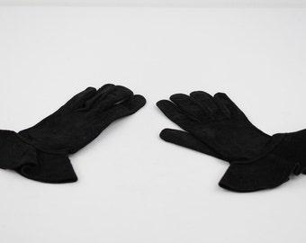 VINTAGE Italian Black Suede GLOVES w/ PEPLUM Cuffs size 7 1/2
