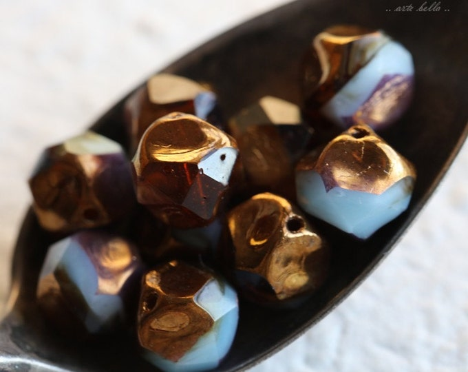 GILDED MOUNTAIN AIR .. 10 Czech Picasso Glass Central Cut Beads 9mm (5543-10)