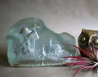 Vintage Snail and Mushroom Paperweight Acrylic Diorama from the 1970s Office Desk Decor