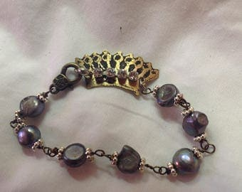 Women's bracelet pearls and etched copper crown