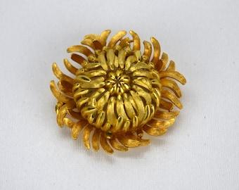 Vintage Crown Trifari Chrysanthemum Brooch, Goldtone Flower Mum Pin
