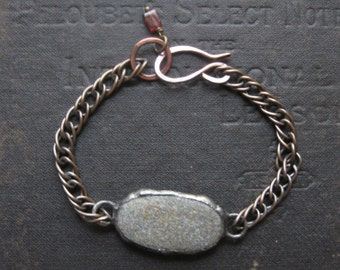 Tide Bracelet No. 3 - New England Beach Stone with Oxidized Vintage Brass Chain