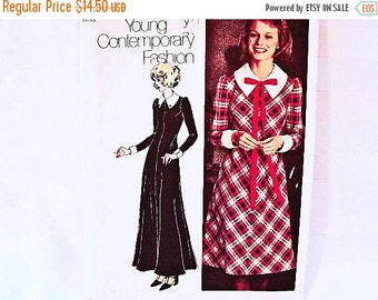 20% off SALE 1970s Maxi Dress Pattern Misses size 12 Vintage 70s Simplicity Young Contemporary Fashion Dress Sewing Patterns