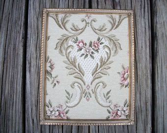 Vintage Metal Picture Frame  8  x 10  Gold Frame Art Deco, Framed Vintage Wall Paper, Romantic Home, Shabby Victorian Cottage Chic