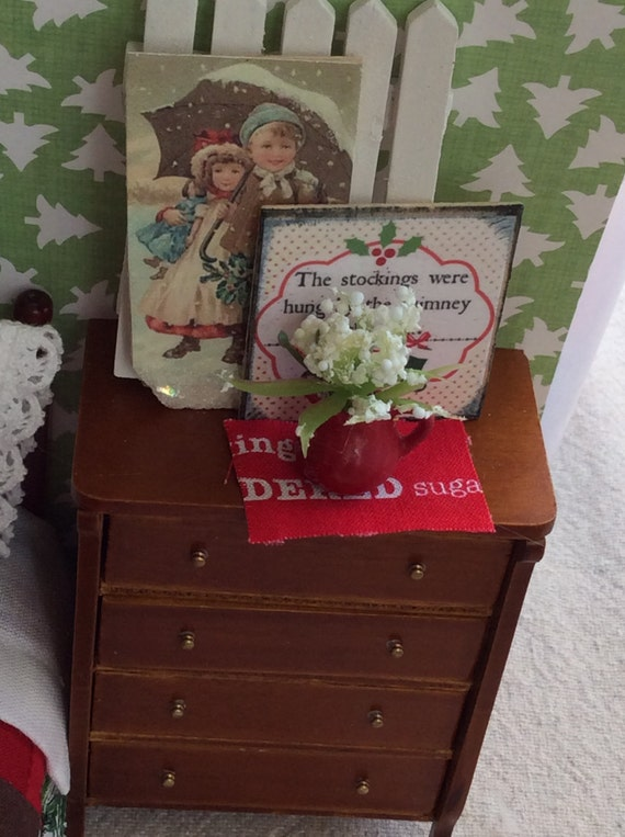 Miniature Dollhouse Christmas Chest of Drawers - 1:12 scale