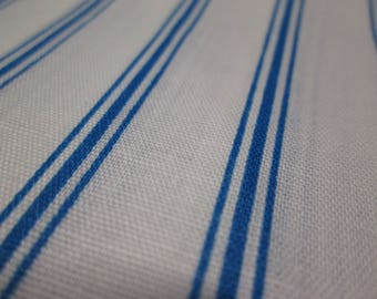 "Thin Blue Stripes on White Lightweight Craft Quilt Fabric 44"" x 56"" f1078"