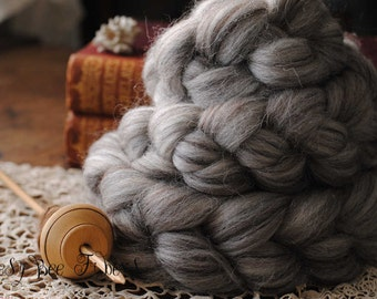 SHETLAND Humbug Undyed Wool Roving Combed Top Spinning or Felting Fiber - 4 oz