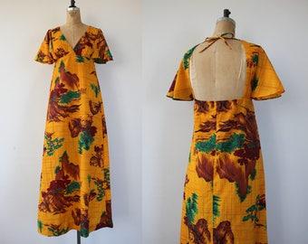 vintage 1970s dress / 70s hawaiian maxi dress / 70s novelty print dress / 70s yellow tree print dress / 70s keyhole back dress / small med