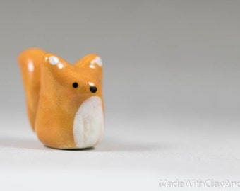 Little Squirrel - Terrarium Figurine - Miniature Ceramic Porcelain Animal Sculpture - Hand Sculpted