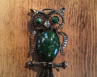 Green and gold vintage owl pin