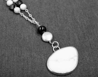 Howlite Black Onyx Sterling Necklace, White Turquoise Black Onyx Sterling Silver Necklace, Howlite Onyx Necklace