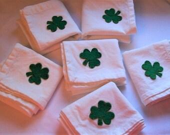 St. Patricks Day Napkins, Green Shamrock St. Patricks Day Napkins, Set of 6 napkins