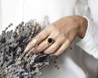 Hexagon Onyx Ring-Gold Plated 925 Silver