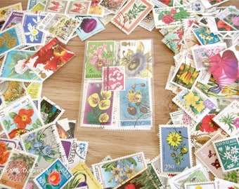 20 or 40 x Floral, Flower Postage Stamps (loose in packet)