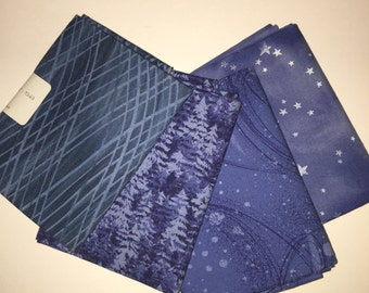 4 Fat Quarters - Cotton - shades of blue