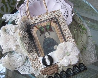 Vintage-style Gift Bag - Decorative Gift Bag - Victorian Gift Bag