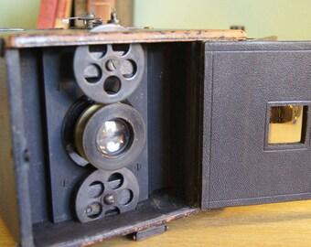 Antique Auto Graflex Camera - Steampunk! 1909