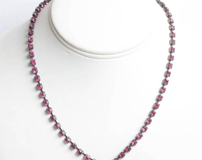 Deep Pink Rhinestone Necklace V Shaped Prong Set Chatons Vintage Retro